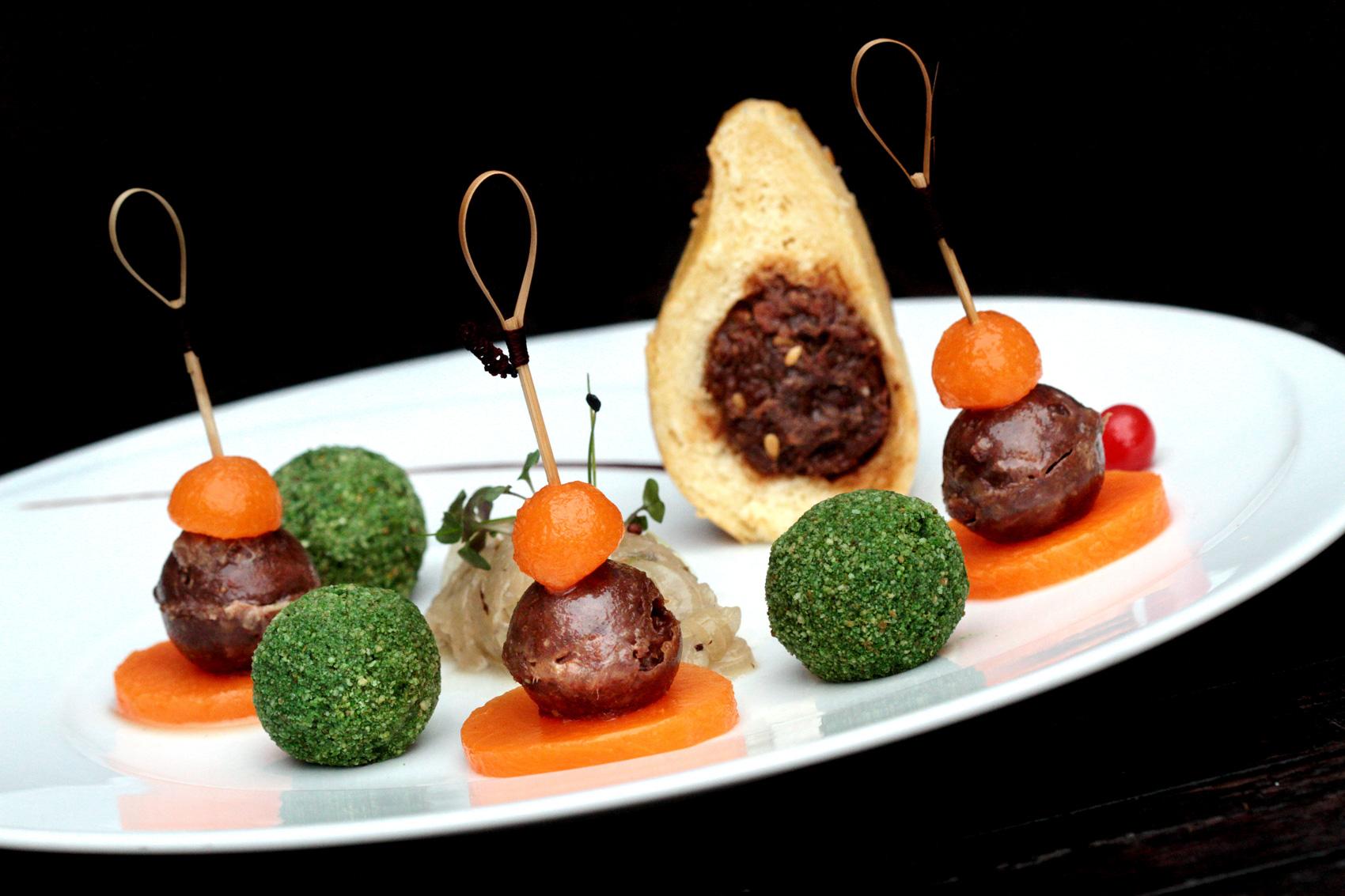Fondue d'oignons doux des Cévennes en croquettes végétales Recette du chef Jacques Mazerand – Restaurant Mazerand, Lattes